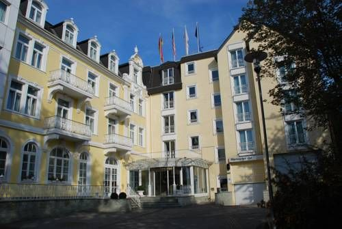 Hotel Rheinischer Hof Bad Soden Bad Soden am Taunus Featuring an Art Nouveau façade, this historic hotel is beside Bad Soden Train Station. Breakfast buffets and private parking are available, and Wi-Fi is free.