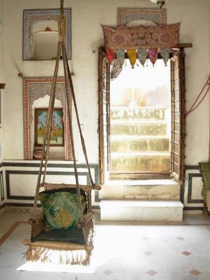 Pretty Mind Clutter-painted Rajasthani haveli