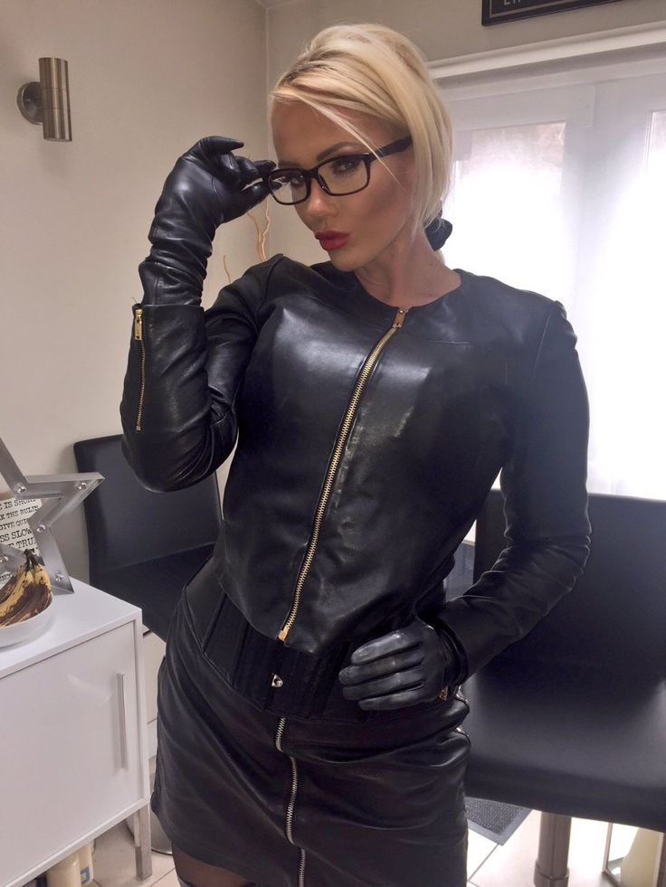 Very soft leather gloved blowjob gilf - 1 6