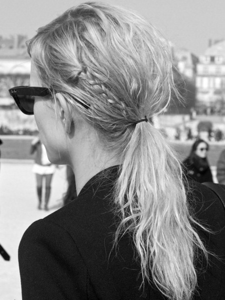 Pumping up the plain ponytail by adding braids.: Beaches Hair, Small Braids, Messy Ponytail, Messy Hair, Messy Ponies, Girls Hairstyles, Hair Style, Ponies Tail, Braids Hair