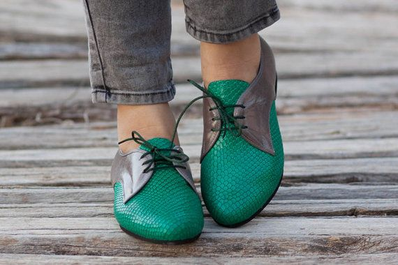 Free Shipping Green Leather Shoes Green Oxford Shoes by BangiShop