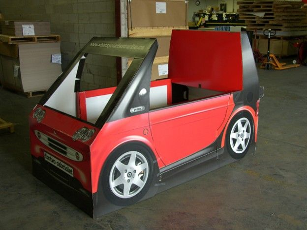 Display Design - Smart Car Fortwo | Middleton Group Inc.