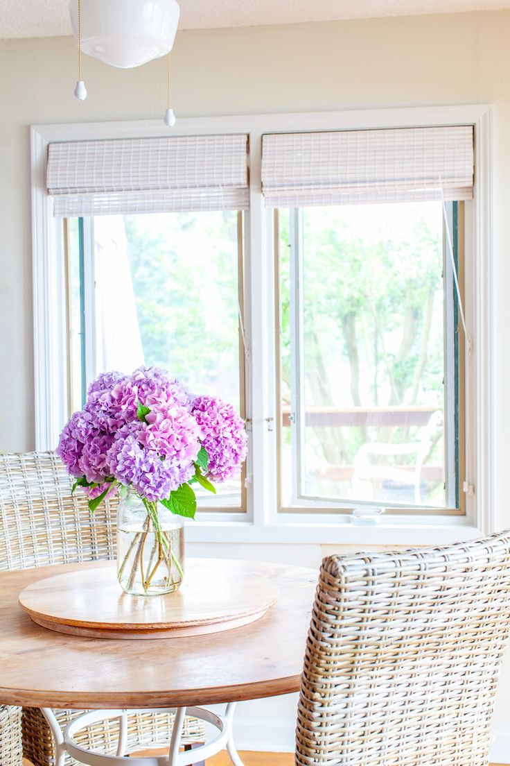 White bamboo roman shades that are both affordable and stylish for beach or farmhouse decor - Pristine shades white home decor ...