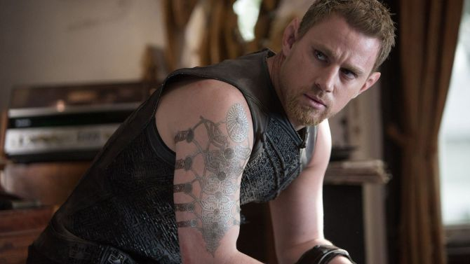 'Jupiter Ascending' Flops: Why the Wachowskis' Failure Is Bad for Movies