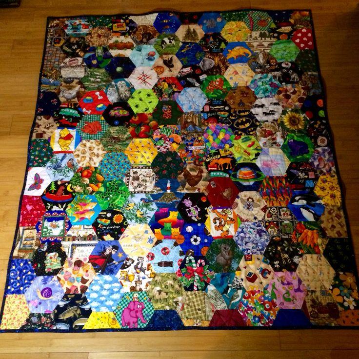 Eye spy hexagon quilt