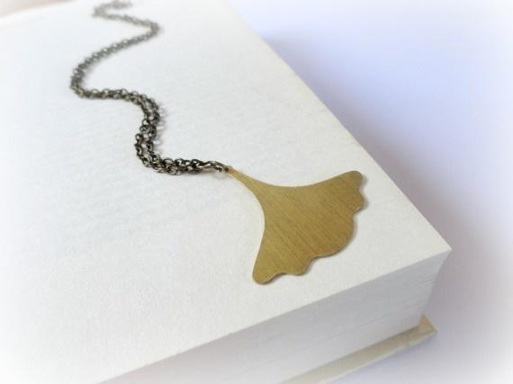 Collar Hoja de Gingko Brass- Ginkgo / GBILOBA - Artesanio
