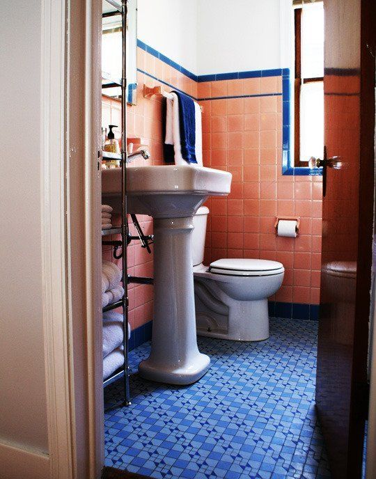 How To Decorate A Vintage Blue Tile Bathroom: 17 Best Images About Decorating Around Old School Bathroom