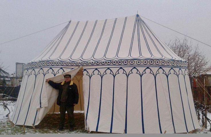 double painted pavilion made by Vinedi archery workshop