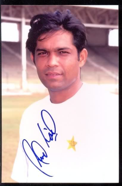 Vintage Photos of Pak Cricketers...but you have to guess who it is!! - Page 5