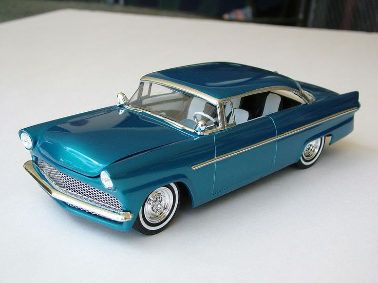 1956 Ford Victoria Plastic Model Car Kit in 1/25 Scale. @ http://www.hobbylinc.com/amt-1956-ford-victoria-plastic-model-car-kit-1:25-scale-807