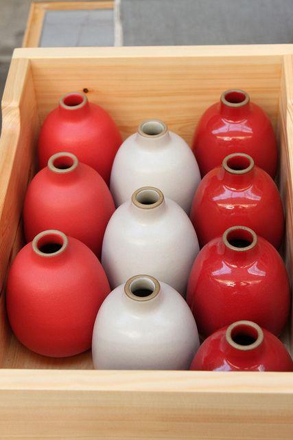 heath vases