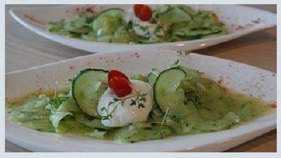 Azijn doet meer dan smaak aan je salade geven. Volgens nieuw onderzoek kan appelazijn ook helpen om colitis ulcerosa te bestrijden. De studie is gepubliceerd in American Chemical Society's Journal …