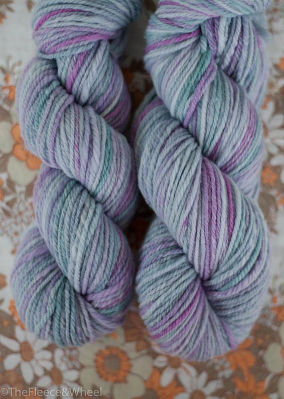 Hand Spun Yarn / Hand Spun Merino Wool / White Gum Wool /
