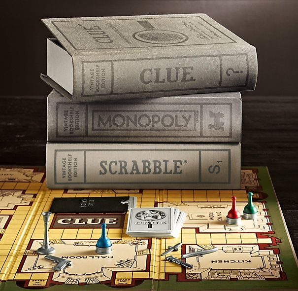 Vintage Bookshelf Monopoly® I wish this was avail less in the UK. Such a gorgeous idea!