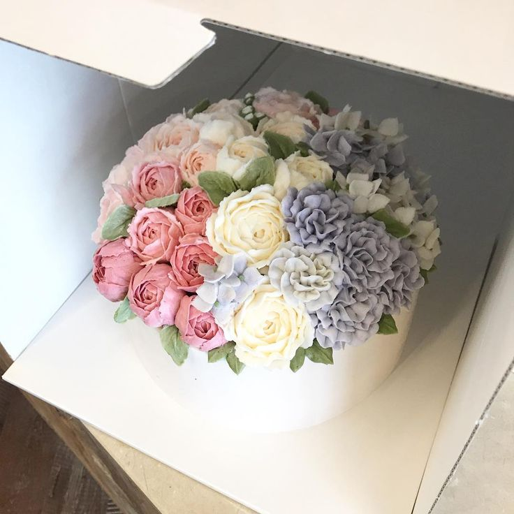 * #nanaclass #nanacake #buttercreamflowercake #buttercream #koreanstyle #korea #cake #cakes #flowers #flower #birthdaycake #weddingcake #buttercake #decorating #flowercake #kue #bunga #creamflowers #koreacakes #cakeclass #buttercreamcakes #cupcake #cakeleasson