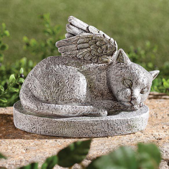 Resin Cat Memorial - Zoom