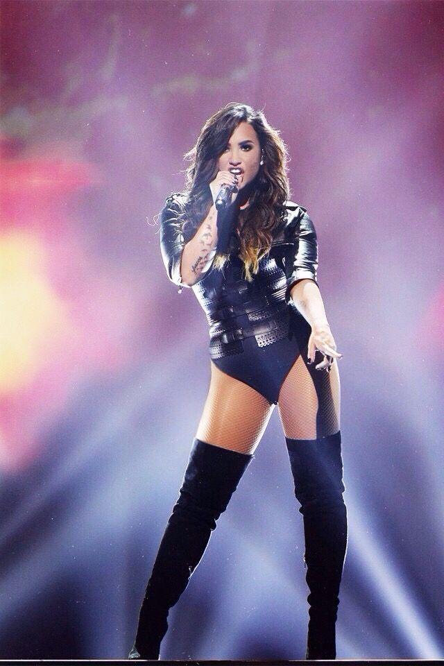 Demi lovato stage teaser 8