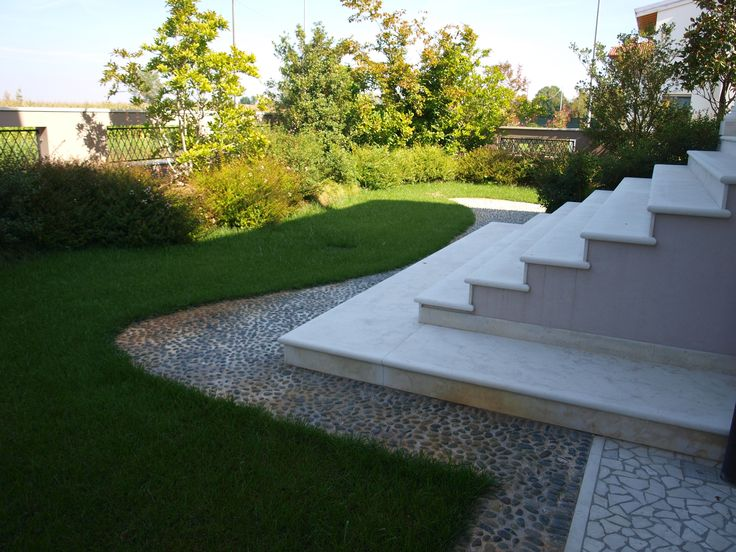 #appiaanticasrl #garden #stone #pietra #palosco #bergamo #brescia #pavimenti #garden #flooring #wall #pavimenti #giardino #urbandesign #flower #landscape #design #pool