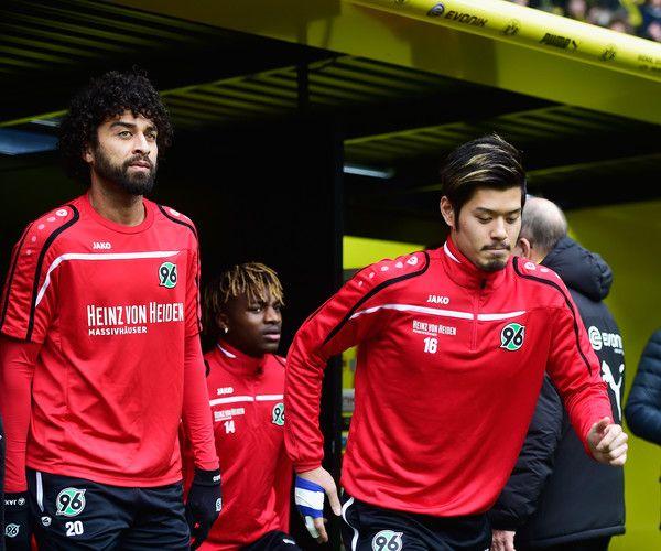 Hotaru Yamaguchi Photos - Borussia Dortmund v Hannover 96 - Bundesliga - Zimbio