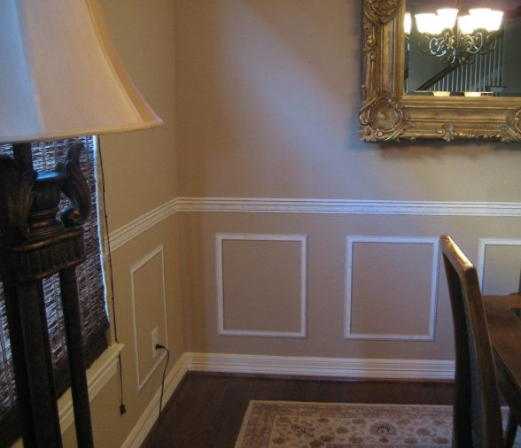 top 25 ideas about dining room on pinterest chair railing two tones and paint ideas. Black Bedroom Furniture Sets. Home Design Ideas