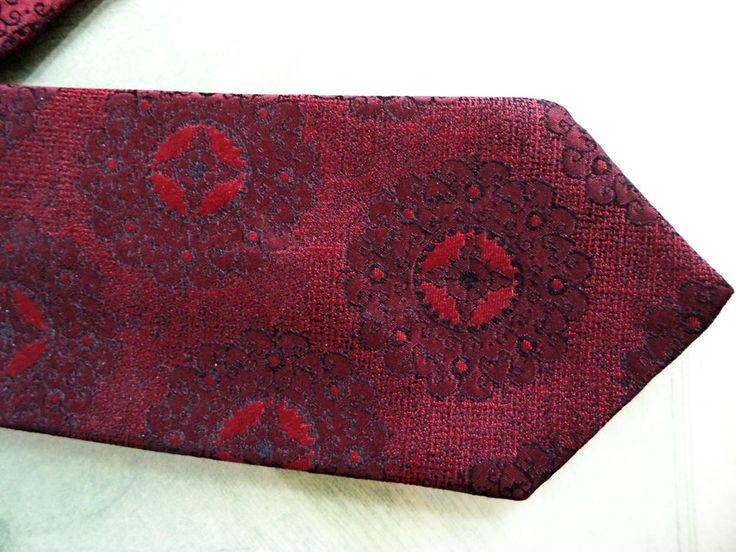 YSL Yves Saint Laurent Burgundy Skinny Brocade Woven Necktie Tie Vintage 60 mod