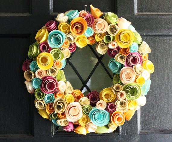 paper flower wreathPaper Rose, Crafts Ideas, Paper Wreaths, Paper Flower Wreaths, Diy Gift, Paper Flowers, Easter Wreaths, Spring Wreaths, Felt Flower