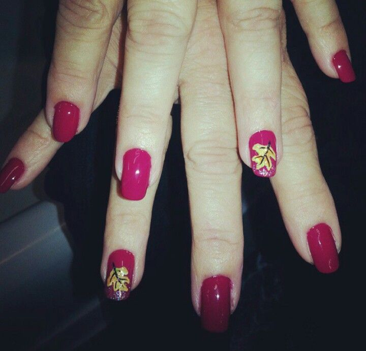 Fall leaves nail art