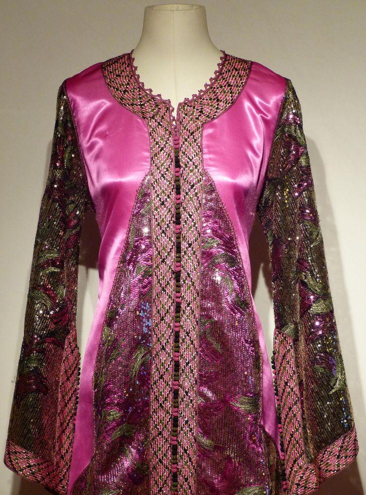 Location de caftan PAPILLON   Location-robe.com : location de robe