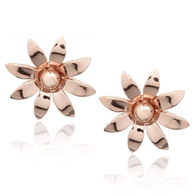 Catherine Angiel Jewelry Flower Stud Earrings