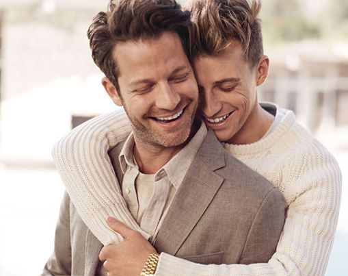 Gay celebrity designer married couple Nate Berkus and Jeremiah Brent in their new Banana Republic ad (the first to showcase a same-sex couple!) #fashion #design
