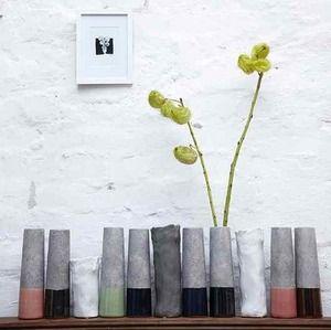 Soliflores Ciment sur parenthese-vintage.fr