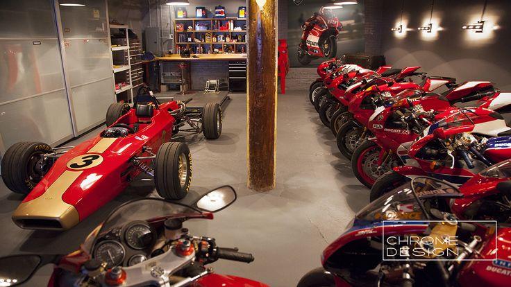 Ducati motorcycle dream garage garages workshops for Garage moto scooter