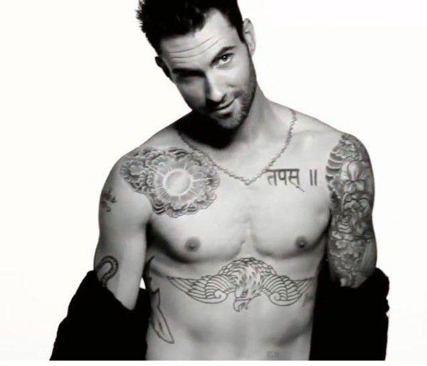 Tatuajes sexis para hombres Adan Levine
