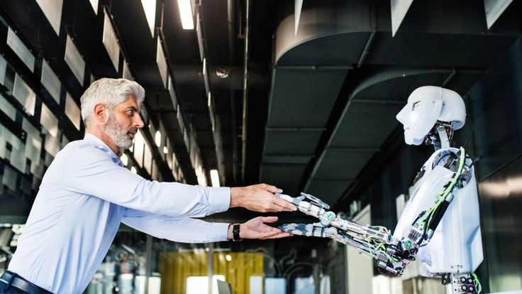 Workplace robots could increase inequality, warns IPPR - BBC News