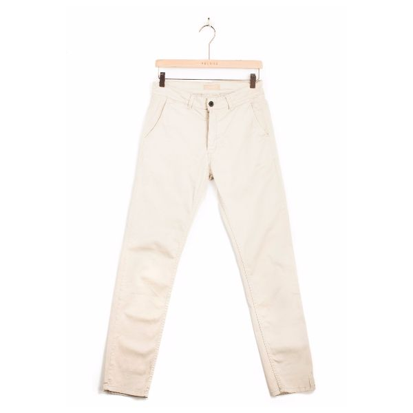 Velour Velour - Beige Adan Chino Pants: Velour's renowned classic chino Adan with just the right mix of stretch for that right effortless feeling. The chino fabric means that it is constructed of diagonal, parallel ribs. This structure gives the chino cloth its heavy duty strength while also allowing it to drape well.