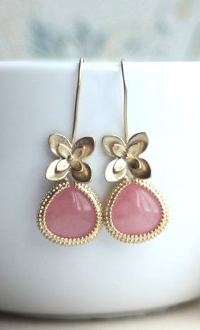 pink floral drops. i'm in love!