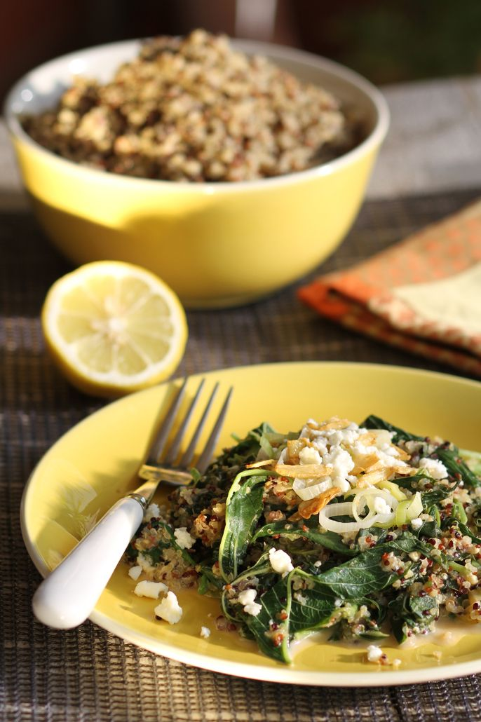 Greek Quinoa Spanakorizo:  recipe for spinach pilaf made with quinoa