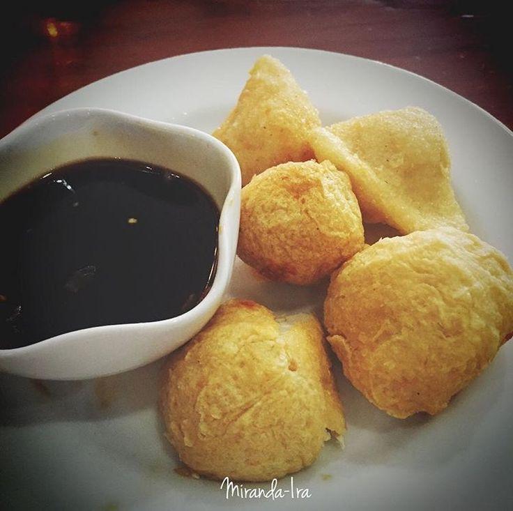 Assorted Fried Pempek - Kapal Selam Lenjer Adaan - served with Kuah Cuko - Palembang Traditional Food