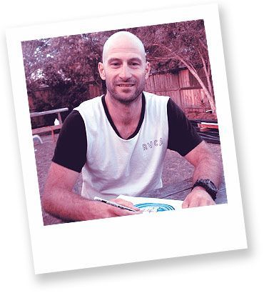 Artist in focus: Aaron Godina   Aaron is a self-taught artist who brings his passion for surf culture and coastal scenery to life through art. His works encapsulate the bright colour and vibrancy that this lifestyle encompasses.
