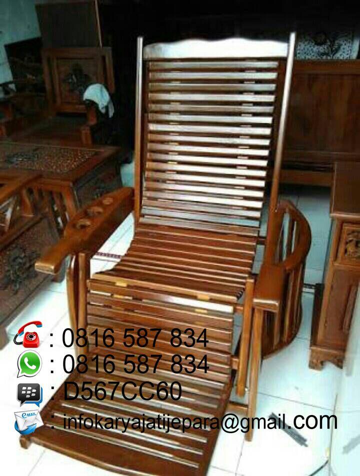 kursi santae kayu jati ini dibuat oleh pengrajin kami yang sudah sangat profesional dan mempunyai kontruksi yang sangat kokoh dan kwalitas yang sangat awet