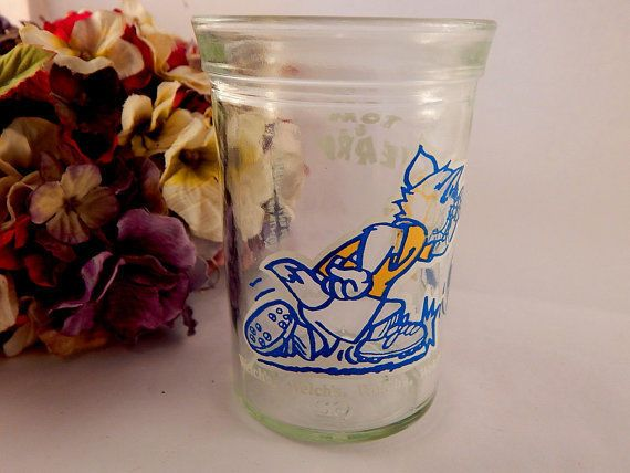 Welch's Jelly Jar Glass Tom and Jerry TV Cartoon Cat Mouse Soccer VTG 1991 Cup