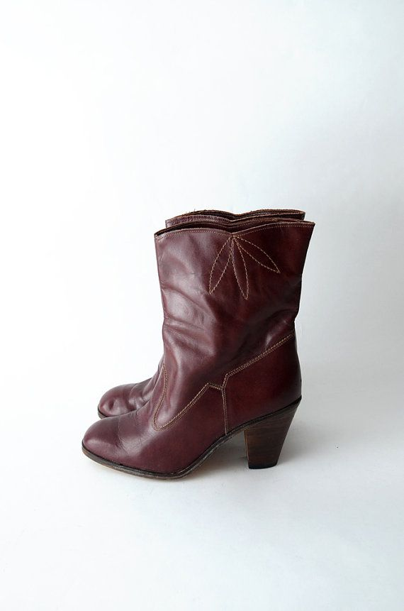 #Vintage burgundy leather heeled #boots // by #ZvezdanaVintage, $58.00