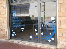 Risultati immagini per decorazione vetrine bar