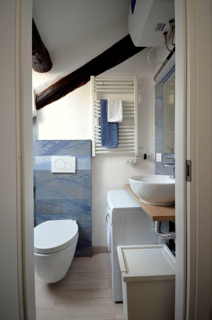 Oltre 25 fantastiche idee su bagni in marmo su pinterest for 2 bagni piccola casa