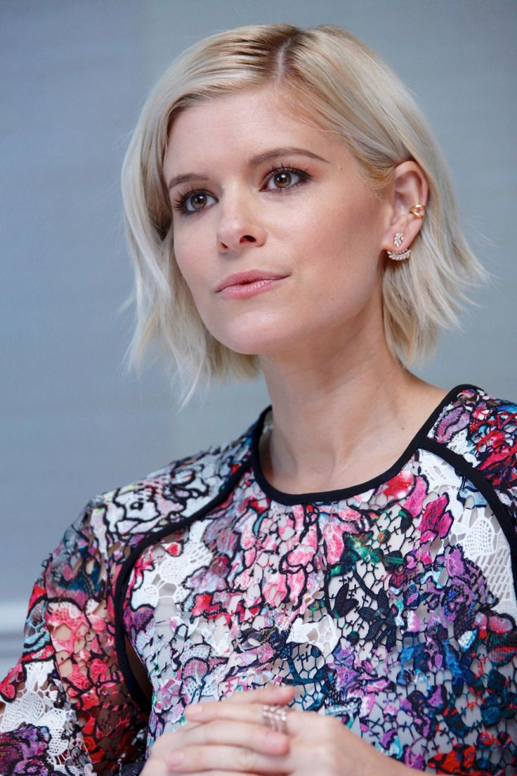 kate-mara-at-morgan-press-conference-in-beverly-hills-08-24-2016_6.jpg…