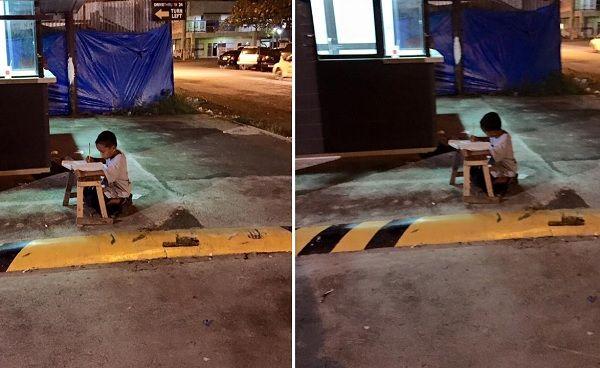 Sem casa, garoto de 9 anos estuda em calçada nas Filipinas || As imagens de um garotinho de 9 anos estudando na calçada de uma rua em Cebu, nas Filipinas, comoveram internautas. A cena foi fotografada por Joyce Torrefranca e, na terça-feira (23 Jun 2015), publicada em seu perfil no Facebook