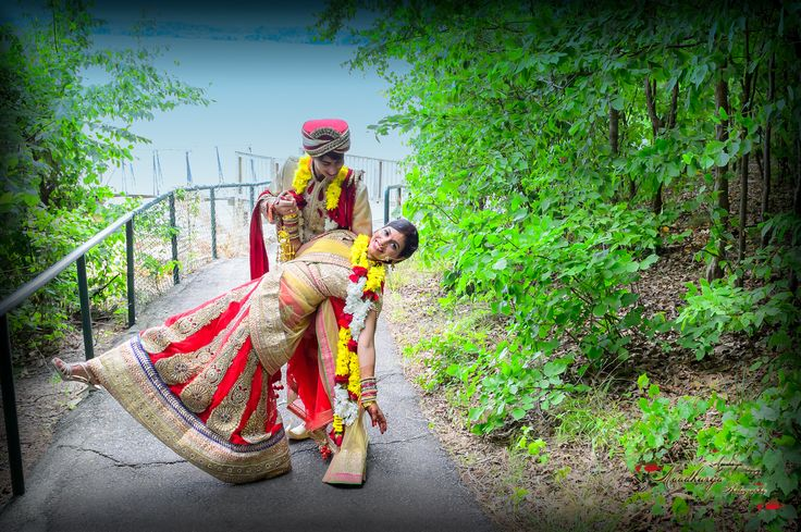 Indian wedding photography, couples poses