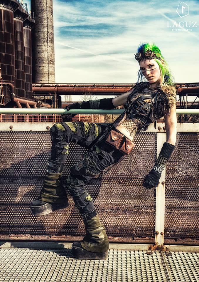 Post Apocalypse LivingDreadDoll by Laguz Photography 2015