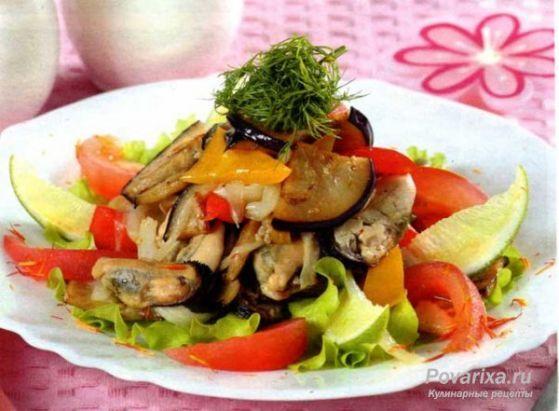 Салат с мидиями и овощами - рецепт