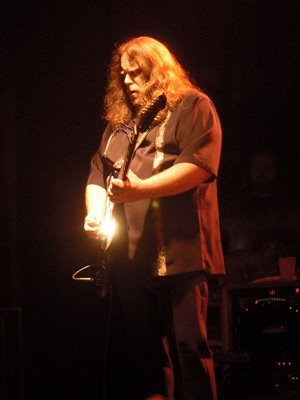 Gov't Mule [12-21-2001] 13th Annual Christmas Jam, Asheville Civic Center, Asheville, NC